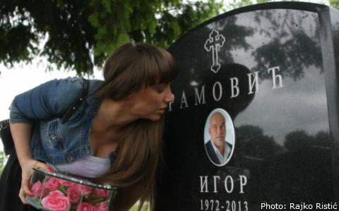 Goga Sekulić на гроба на Igor