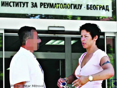 Майката на Seka Aleksić в болница