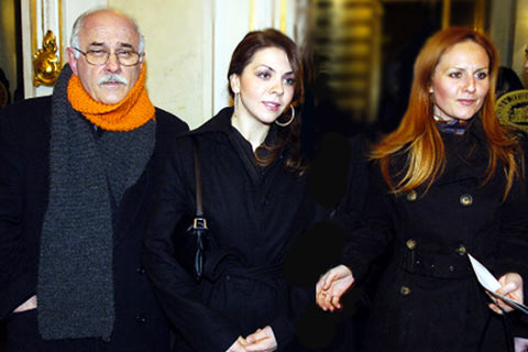 Kornelije Kovač, Kristina и Aleksandra