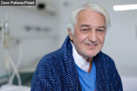 Kemal Monteno отново в болница