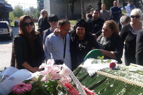 Погребаха Usnija Redžepova