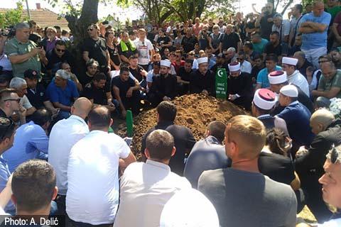 Sinan Sakić: Прощаване с легендата