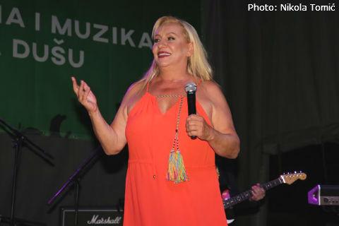 Vesna Zmijanac отново отива на липосукция