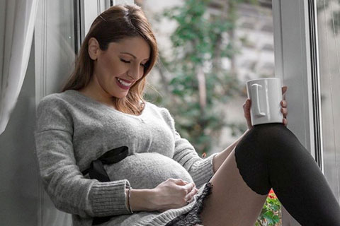 """Jelena от """"Neverne bebe"""" роди дъщеричка"""