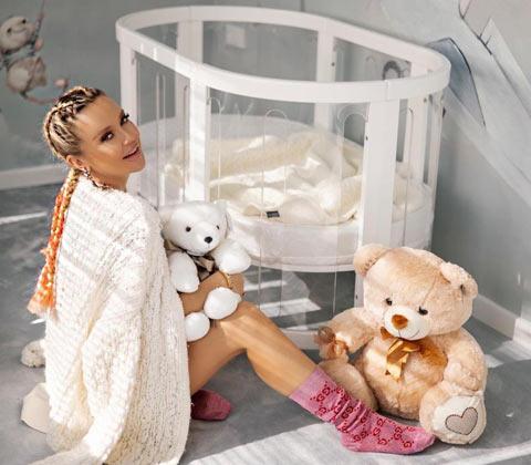 Хърватската певица Maja Šuput (41) стана майка за първи път