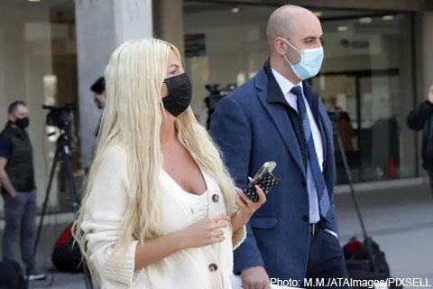 Jelena Karleuša на съд за нападение над фотограф
