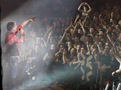 Gibonni доведе публиката до транс на концерта си