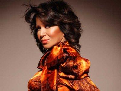 Neda Ukraden подготвя концерт в Осиек